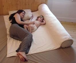 Image: Humanity Family Bed - co-sleeping pad and maternity body pillow